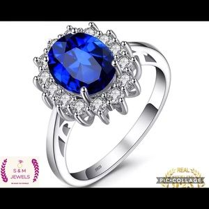 2.6 ct blue sapphire  beautiful ring